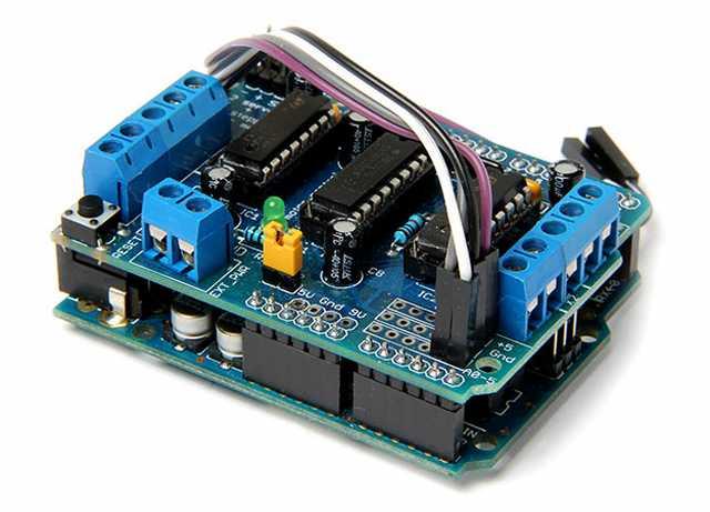 Arduino-Uno и Motor-Shield