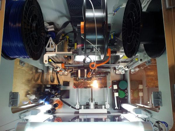 Печать модели самолета