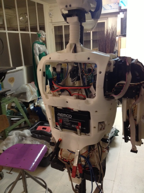 Сборка робота-гуманоида InMoov. Спина