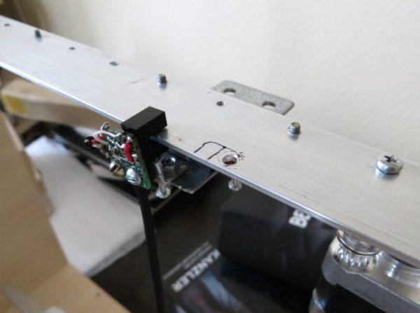 """3D-принтер вариация """"SmartrapCore"""" на рельсах без печатных деталей"""